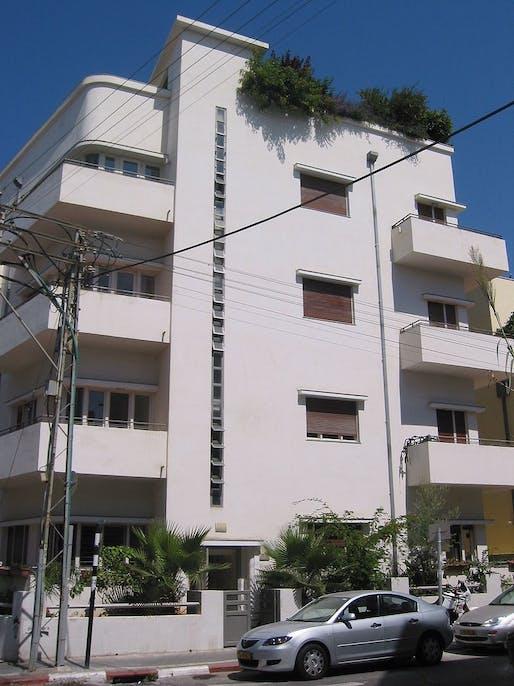A Bauhaus building in Tel Aviv's historic 'White City.' Credit: Wikipedia