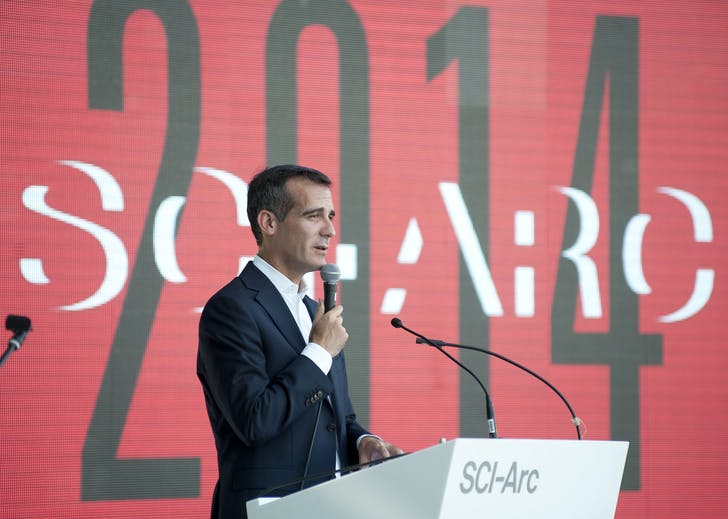 Los Angeles Mayor Eric Garcetti delivered SCI-Arc's commencement speech at the ceremony held September 7. Image courtesy of SCI-Arc.