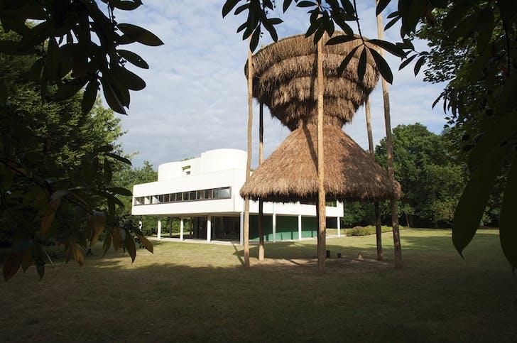 Santiago Borja's 'Sitio' at the Villa Savoye. Photo by the artist.