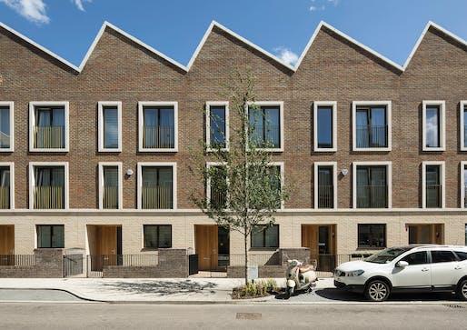 Chobham Manor, E20 by AHMM, Haworth Tompkins, Karakusevic Carson Architects, Make, muf architecture/art, Nord and PRP. Photo © Richard Chivers