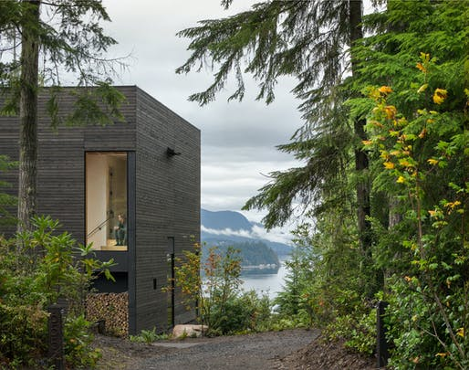 Little House by mwworks architecture + design.