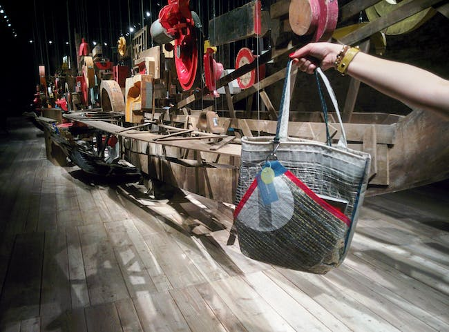 Hand-made tote bags at the Turkey Pavilion 2016, re-purposing sails into wearable fashion. Photo by Laura Amaya.