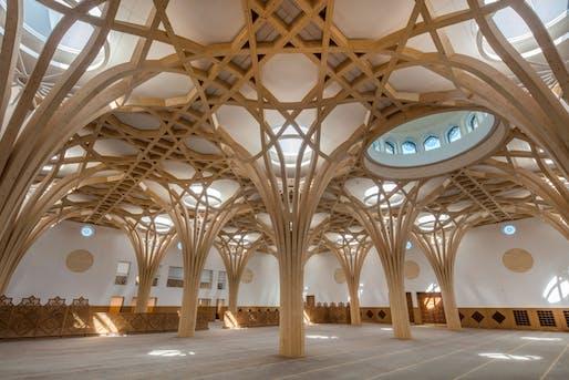Cambridge Central Mosque. Image © Morley von Sternberg