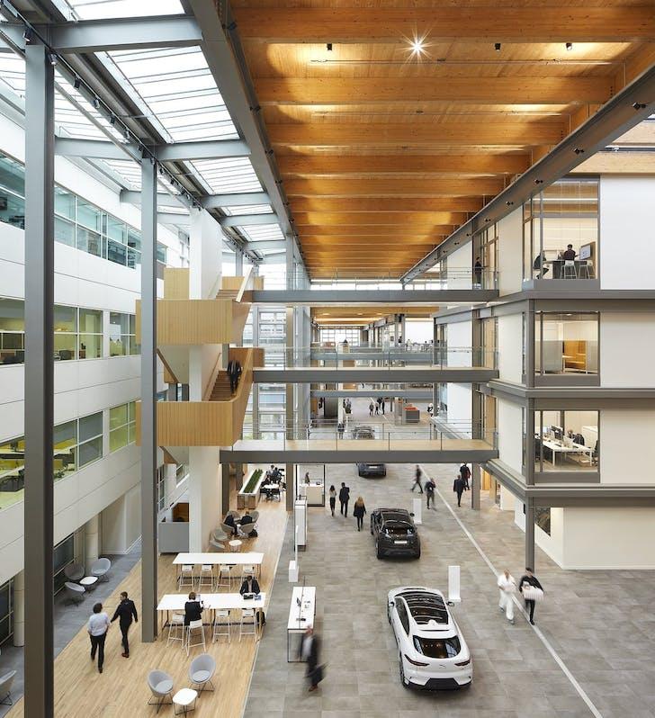 Jaguar Land Rover's Advanced Product Creation Centre © Hufton + Crow