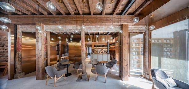 Cafe, photo: Wu Qingshan