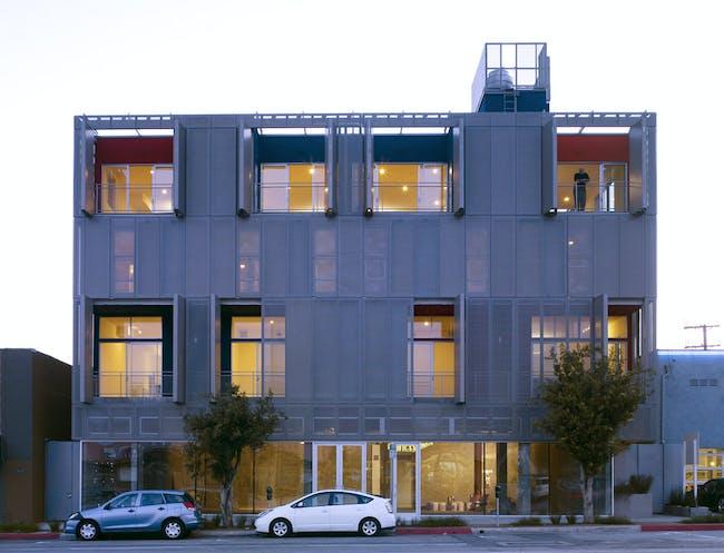 Cherokee Lofts in Hollywood, CA by Gwynne Pugh Urban Studio