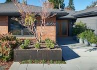 Neighborly Courtyard House