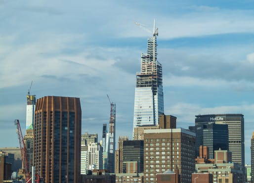 An earlier view of the One Vanderbilt tower under construction. Image courtesy of Wikimedia Commons / NicoARicoA.