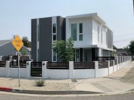 W 118TH St. Residence