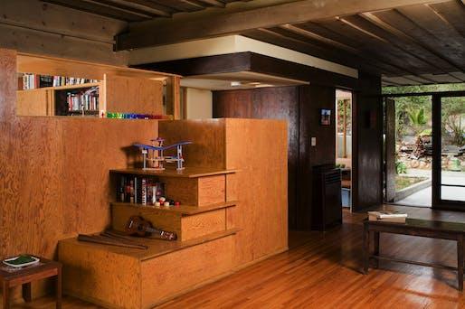 Interior, unit 2036. Photo © Grant Mudford
