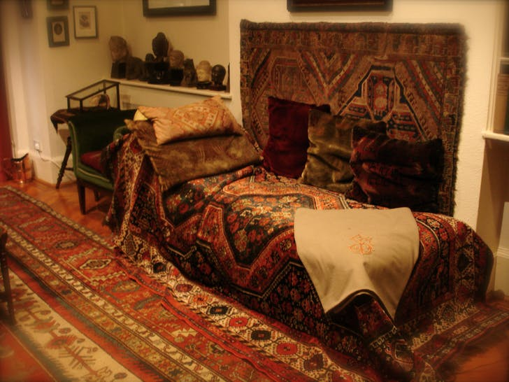 Freud's original couch, as photographed in his home in London. Photo: Robert Huffstutter via flickr.com