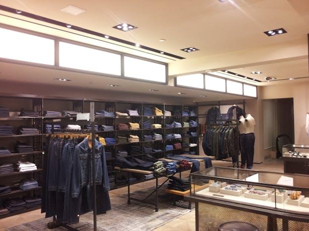 b6c60bc05 Bergdorf Goodman Men's Third Floor | Robert Carroll | Archinect