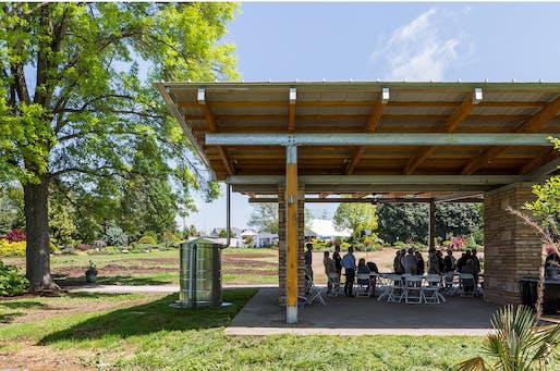 MERIT AWARD: The McIlwaine Friendship Pavilion by Sanders Pace Architecture. Photo credit: Denise Retallack