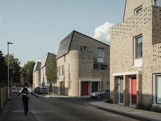 Mikhail Riches and Cathy Hawley's Goldsmith street housing project © Tim Crocker