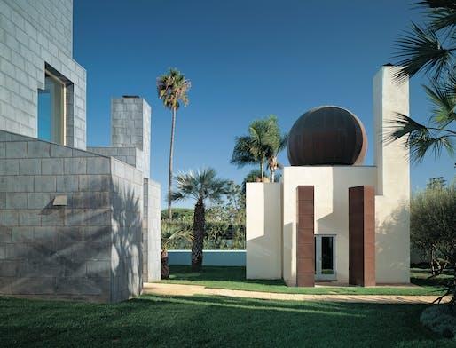 Schnabel House. Frank Gehry. All photos © Tim Street-Porter