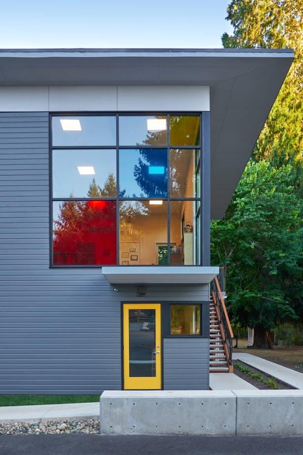 Whole Earth Montessori School (Paul Michael Davis Architects)