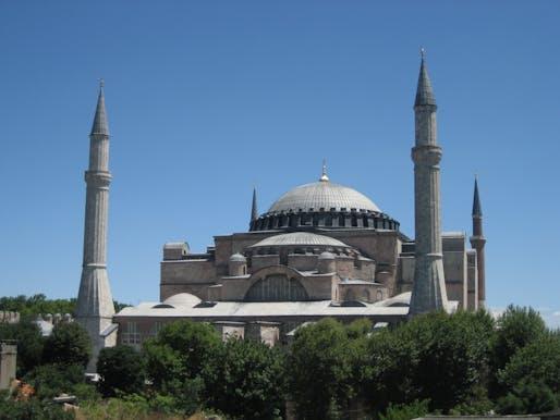 The Hagia Sophia in 2009. Image courtesy of Marion Schneider & Christoph Aistleitner/Wikimedia Commons.
