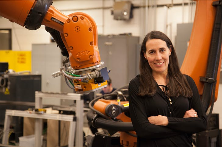 Monice Ponce de Leon in Taubman's FABLab. Image courtesy of University of Michigan.