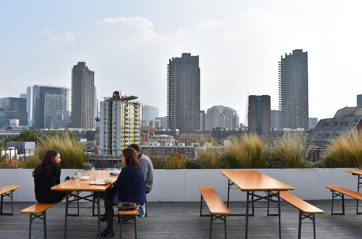 The rooftop terrace with a 360 view. Photos by author.