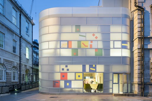 Maggie's Centre at Barts by Steven Holl Architects. Photo: Iwan Baan.