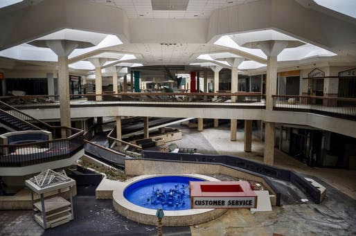 Abandoned mall in Randall Park, Ohio. Image © Seph Lawless