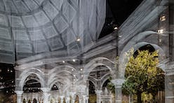 Edoardo Tresoldi builds a ghostly wire mesh structure in Abu Dhabi