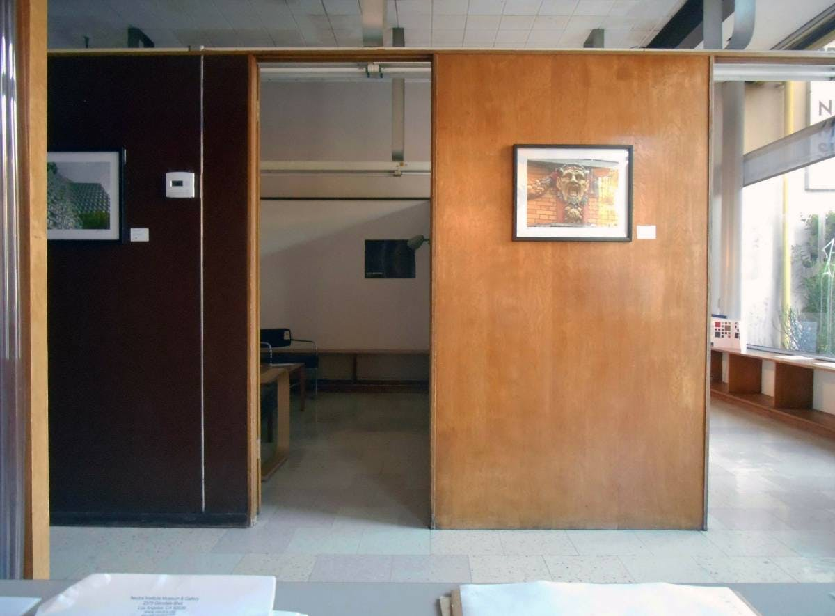 Become the proud tenant of a Neutra-designed office space ...