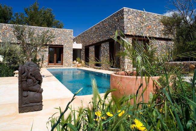 Villa Gonzalo in Valldemosa, Spain by CMV Architects