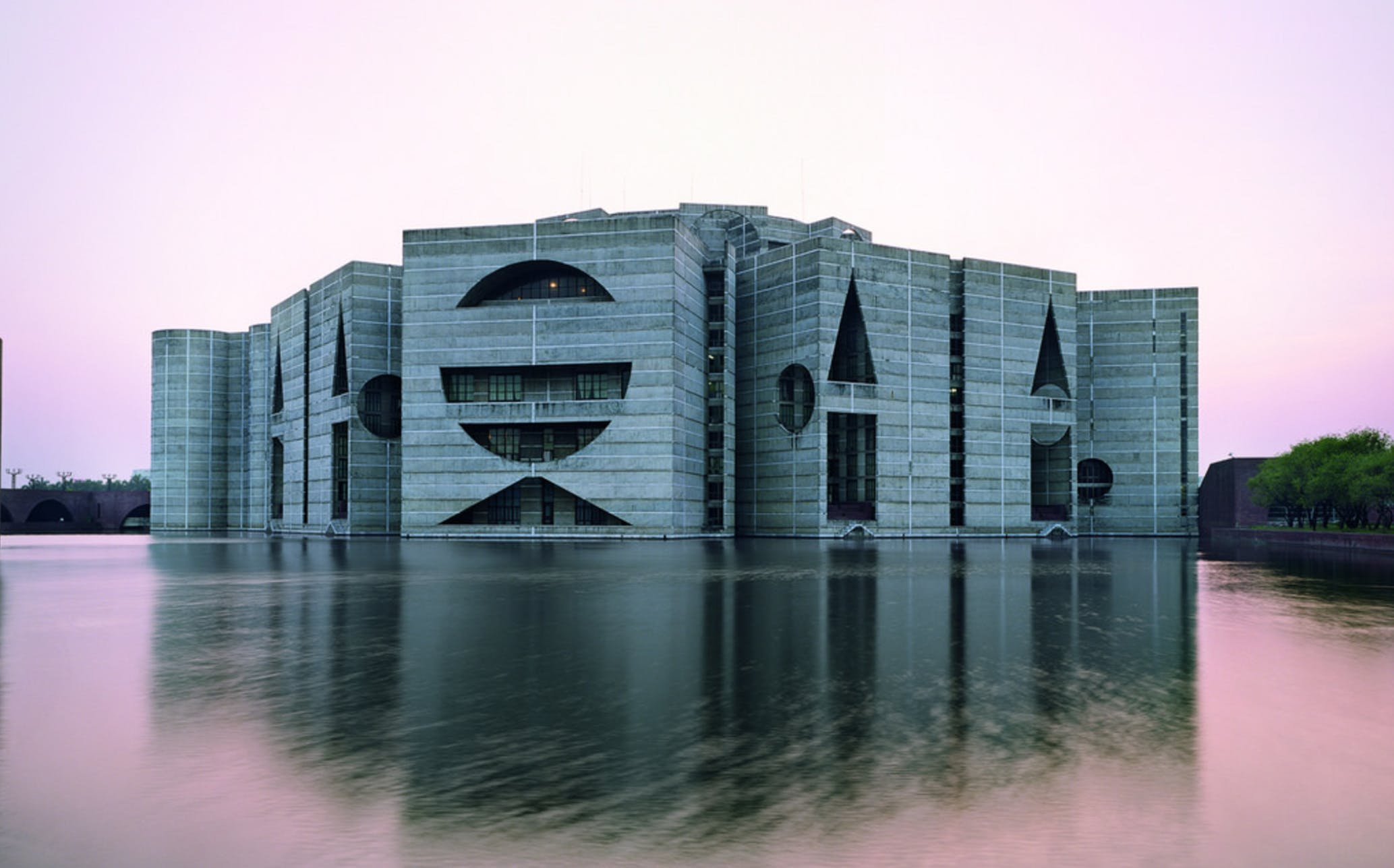 House Blogs Paul Goldberger Writes On The Mysticism Of Louis Kahn