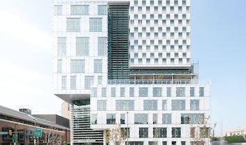 Behnisch Architekten Completes John and Frances Angelos Law Center for the University of Baltimore