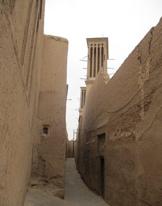 Eine Gasse in Yazd via Samira Ma
