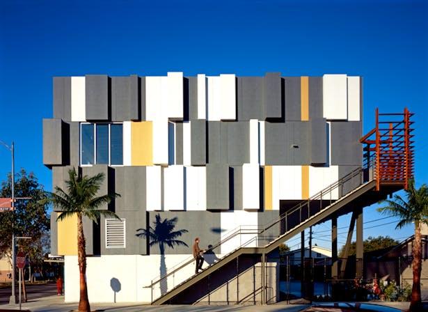 Live/Work Lofts with Metal Aluminum Facade