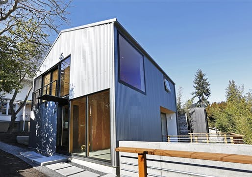 Detached accessory dwelling unit by Robert Hutchison Architecture, located in Seattle. Image: Robert Hutchison Architecture.
