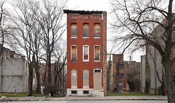 """Last House Standing"" beautifully photo-documents Baltimore's forgotten row houses"
