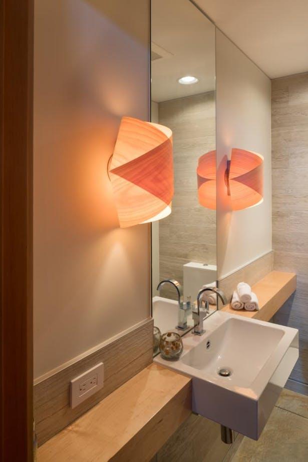 Seaview Escape bathroom