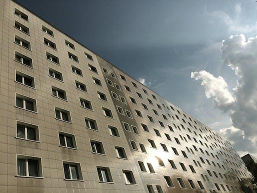Façade of a WBS70 type mass housing block in Fennpfuhl, Berlin, 2016, Berlin. Photo: Emine Seda Kayim.