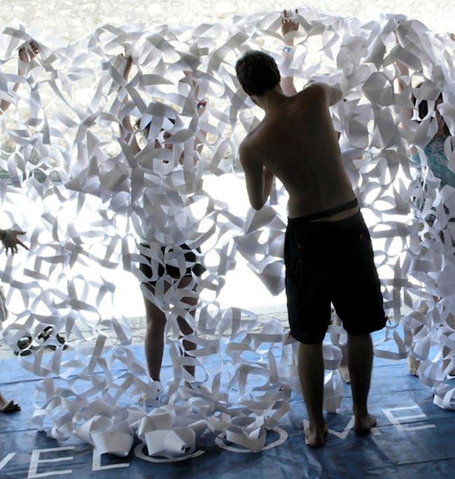 mobius paper screen via Woody Evans