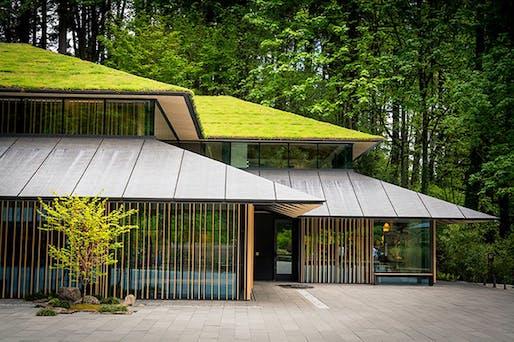 Kengo Kuma Japanese Garden in Portland. Image © Bruce Forster