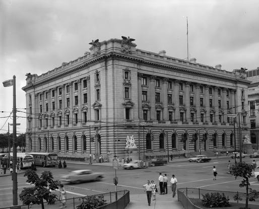 The old Federal Building and Post Office in Cleveland, Ohio. Image courtesy of the Library of Congress / Martin Linsey.