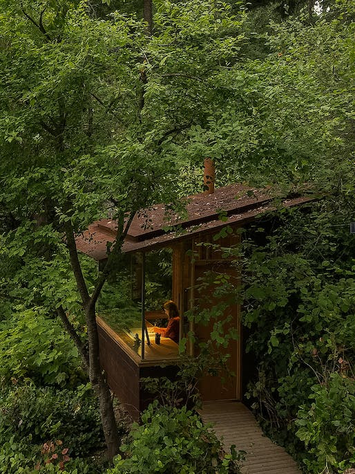 ​Studio / Bunkhouse in Bainbridge Island, Washington | Cutler Anderson Architects. Photo © Art Grice.