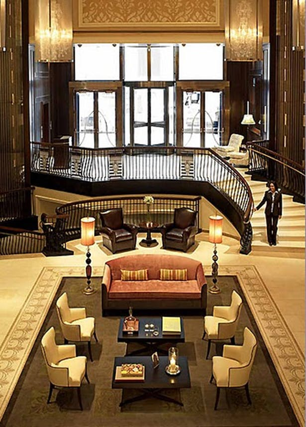 Carlton Hotel, Main Lobby