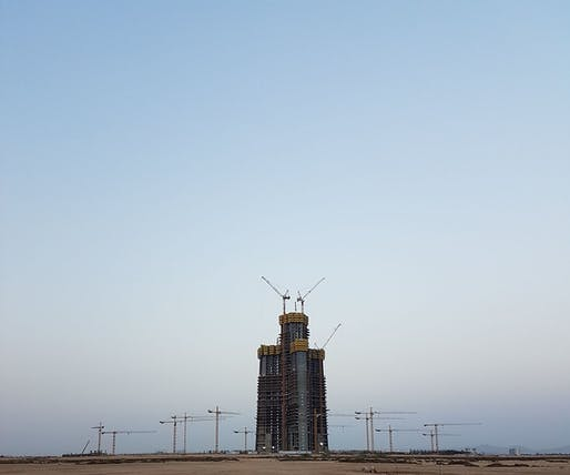 Construction progress at the Jeddah Tower site on July 13, 2016. Photo: Ammar Shaker/Wikipedia.
