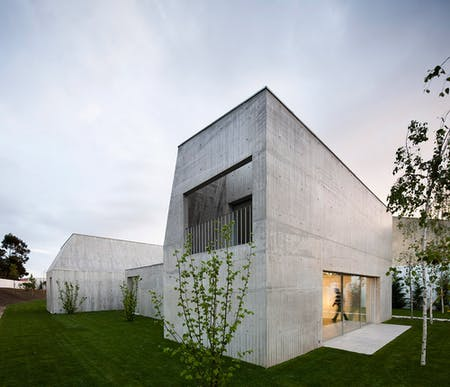 House in Ovar, Portugal (Photo: Nelson Garrido)