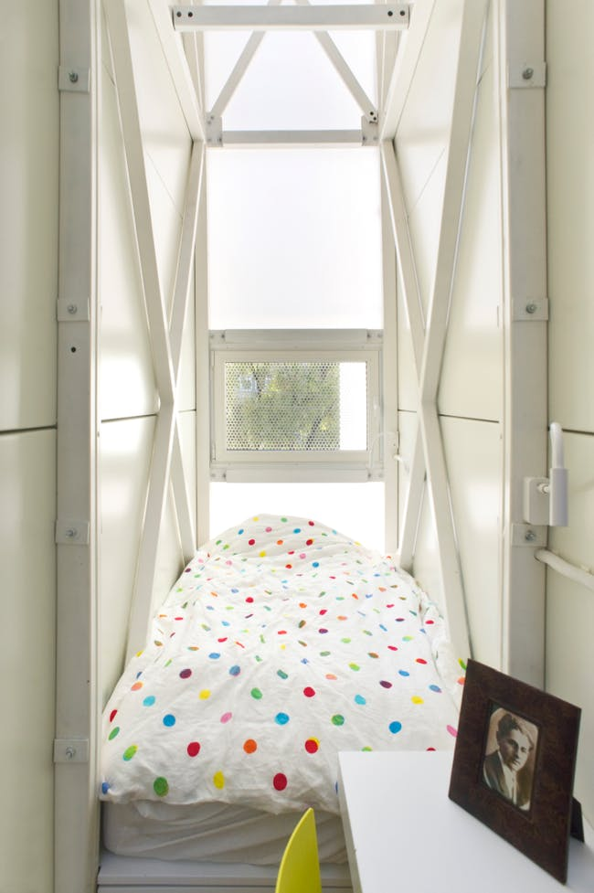 Keret House interior, by Bartek Warzecha, © Polish Modern Art Foundation.