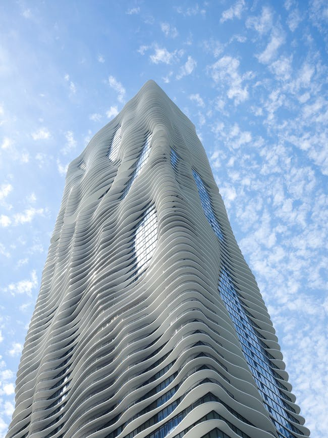 Architecture Design: Studio Gang Architects; Aqua Tower, Chicago, IL, 2010. Photo: Steve Hall/Hedrich Blessing
