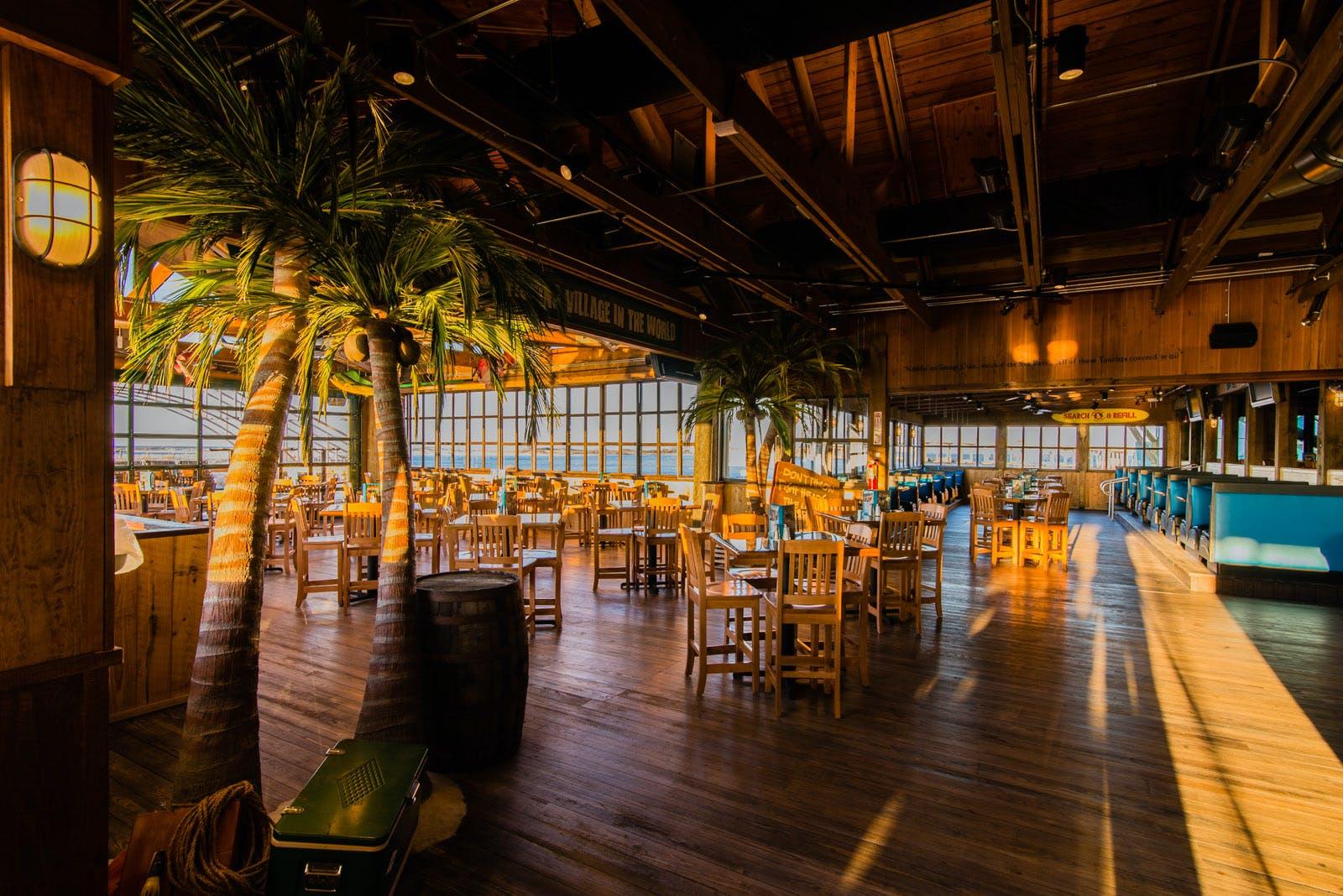 Margaritaville restaurant and retail destin fl the