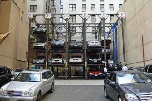 A New York City parking lot. Image courtesy of Wikimedia Commons / Mariordo Mario Roberto Duran Ortiz.