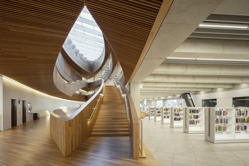Central Public Library by Snohetta. Image © Michael Grimm/courtesy of Ceramics of Italy Tile Competition