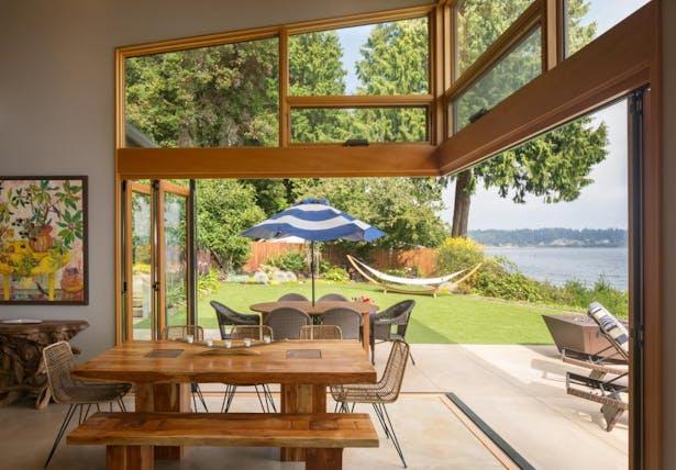 Seaview Escape bi-fold doors