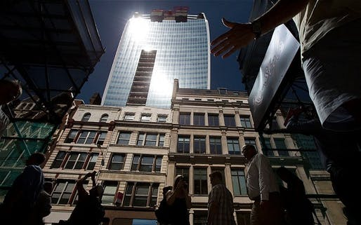 Intense sunlight reflects down towards street level from the 'Walkie Scorchie' (The Telegraph; Photo: AP)